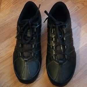 Nike Musique black sneakers NWOB size 8